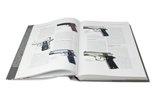 Encyklopedia pistoletów i rewolwerów